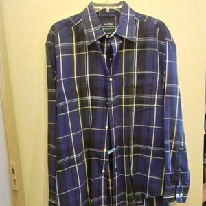 Nautica Size L Plaid shirt
